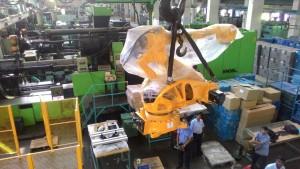 Injection Molding Machine Robotic installation